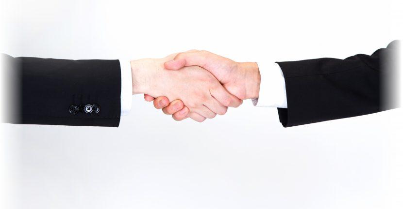 介護とウェブのパートナーシップ